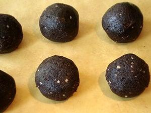 Schokoladenkuchen Fußbälle